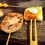 創作鉄板串 大将 - レンコン肉詰め190円と海老パン190円