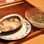 銀座 きた福 - 鮑と蓴菜