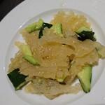 伯楽家常菜 - この クラゲの 立派さ (^^)/   こりこり    ポリポリ 美味しい    美しい