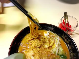 らぁめん福禄店 - 麺リフト