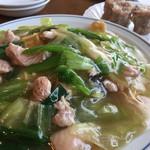広東料理 鳳泉 - エビ鳥そば。美味しい