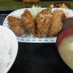 とん平 - カキフライ&ハンバーグのハーフ定食