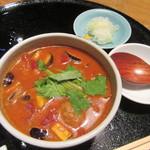 玄粋庵 KITSUNE - 「トマト風味の鴨つくねせいろ」