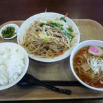 胡麻唐屋 - 野菜炒めセット