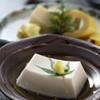 紅葉館 - 料理写真:胡麻豆腐 330円
