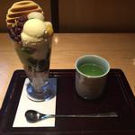 華心 祇園店 - 京の舞パフェ ¥983-
