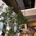 METoA Cafe & Kitchen - 店内