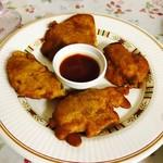 ガネーシャガル - パニールパコラ¥500 (2個食べた後に撮影、もとは6個でした。)