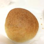 68444491 - ジャムとクリームのパン
