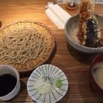 横濱蕎麦 傳介 - せいろとミニ天丼のセット。1000円。