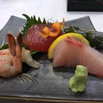 Miyako Restaurant - 料理写真:刺身盛り合わせ
