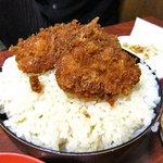 かねこ - 名物かつ丼(新潟風タレカツ丼です)