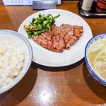 味太助 - 定食セット