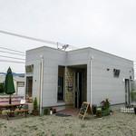 韓軽食 カフェ ビー・エフ・エイチ - 糸島市志摩小富士の「韓軽食Cafe BFH」さん。ミニマムなスペースでもゆったりできるカフェ。