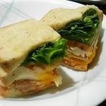 スターバックスコーヒー - 「クラブハウスサンドイッチ」