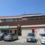 cocon3 - 彩紙屋本舗東堂の建物の一角がパン屋さんデス