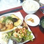 オラシオン - 友達が食べた定食