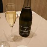 68481222 - シャンパン ベルカール・サロン