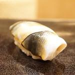 日本橋蛎殻町 すぎた - 小鰭(2016/9)