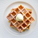 オリーブオイルとソフトクリームのお店 EVERYDAY OLIVE - プレーンワッフル・M(オリーブ&発酵バタースプレッド付)
