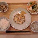 68486065 - 【日替わりメニュー】豆腐つくねバーグ定食:830円(税込)【2017年6月撮影】