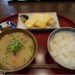 おづKyoto -maison du sake- - 粕汁ランチ(粕汁・だし巻き・奈良漬・ご飯)