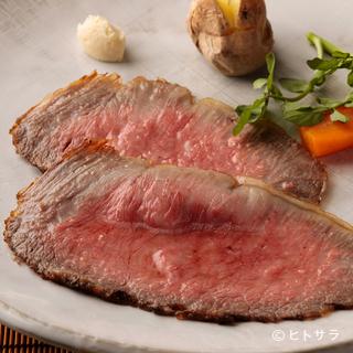 肉の旨みが凝縮した厳選和牛と、濃い味わいの鎌倉野菜は相性抜群