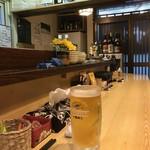 鈴菜 - ドリンク写真:カウンター席