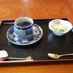 信夫山文庫 - デザートとコーヒー