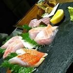 地きんめ鯛専門 銀座 はなたれ - 地きんめ鯛食べ比べ4種盛り合わせ