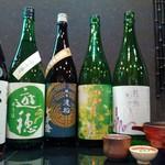高麗橋桜花 - 厳選した日本酒を数多く取り揃えております。