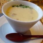 龍園 - ◆ケランチム(韓国風茶碗蒸し)・・柔らかく煮た牛テールが入り茶碗蒸し自体もいいお味。