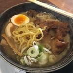金澤味噌ラーメン 神仙 - 「炎・炙 肉盛味噌ラーメン」1100円