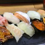 立喰い寿司 七幸 - 特上にぎりアップ
