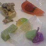 685993 - 鬼灯トマト、白山堅豆腐みそ田楽、おくら養老流し、あさがお、青紅葉彩り寄せ