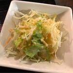樹家 - サラダ。 美味し。