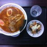 ホロホロラーメン - ピリ辛みそラーメン+ミニからあげ丼
