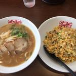 中華そば猪虎 - 中華そば(小) チャーハンセット  850円