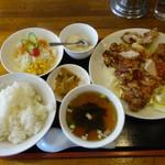 百老亭 - 山賊焼き定食