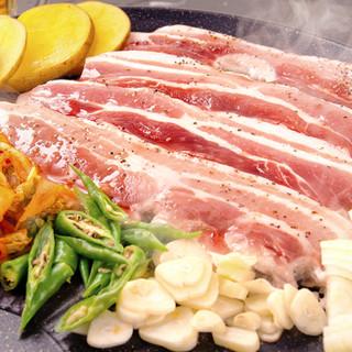 サムギョプサル食べ放題+飲み放題が2,980円!