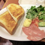 イタリアン・トマトカフェジュニア - モーニングプレート(390円)