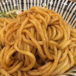 麺処 一龍庵 - 醤油ダレとポルチーニオイルを纏った麺