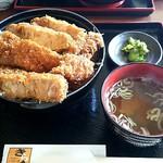 68522875 - 上ソースカツ丼 260g ¥1180+ごはん大盛 ¥100(税込)