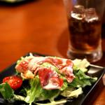 ローストビーフ食べ放題 肉バル Lupin - 肉も良いけど野菜もしっかりと。