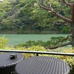 茶寮 八翠 - テラス席