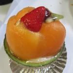 ケーキハウス・アン - メロンシャンティ630円。