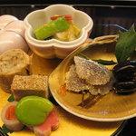 6854510 - 前菜【鰯昆布〆卯の花まぶし、上賀茂葱と帆立貝柱のぬた、慈姑松風など】