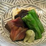直心房 さいき - 強肴【牛肉八丁味噌漬け、聖護院蕪、青唐辛子、葱味噌】