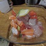 68541281 - 海鮮サラダ(380円)久しく食べたアボガドも美味しかった