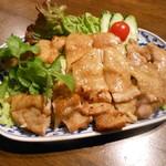 タイ国料理店 ラカン - 鶏の炭火焼(ガイヤーン